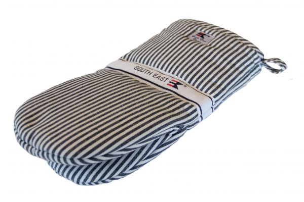 Striped Oxford Mitten